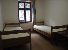 Pokoj s vl. sociálním zařízením (dvojpokoj)