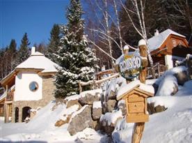 Zima v pohádkové vesničce