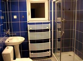 Apartmán STANDARD - koupelna se sprchovým koutem