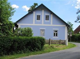 Chalupa Modrá