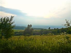 Výhled z okna chaty