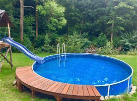 zahrada - bazén