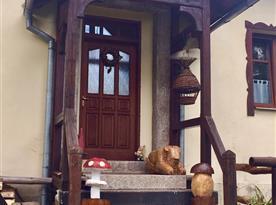 vchod ze zahrady