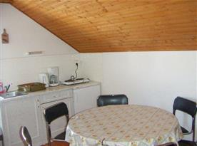 Apartmán s kuchyňským koutem a posezením