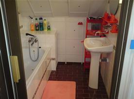 Apartmán B - koupelna s vanou