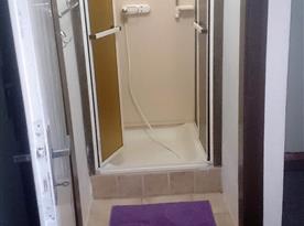 Sprcha přízemí