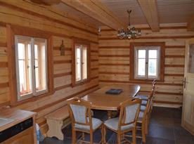 Jídelní kout, rozkládací dubový stůl pro 14 osob