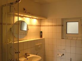 Chalupa 1-koupelna s toaletou