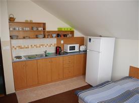 6 l. apartmán - kuchyňský kout