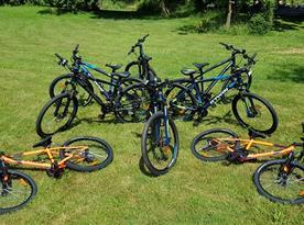 Půjčujeme horská kola