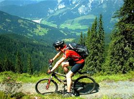 V okolí objektu jsou vhodné podmínky pro cykloturistiku