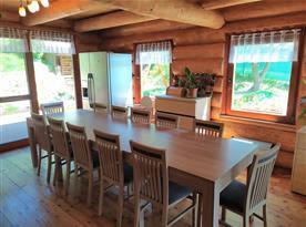Kuchyně s obývacím pokojem