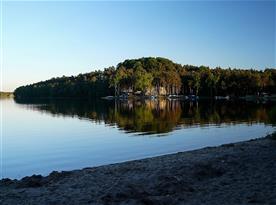 nedaleká Husí pláž Máchova jezera, 700m od chaty