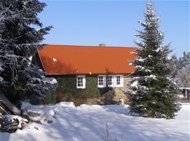Zimní pohled na objekt s apartmánem