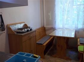 Nově zrekonstruovaná vybavená kuchyň s teplou vodou, foto 2