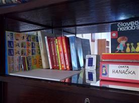 Něco her, pohádek a dvdček pro děti a taky trocha čtení pro dospěláky ke kafi :-)