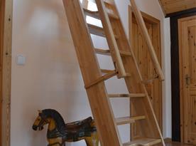 Mlýnské schody do podkroví
