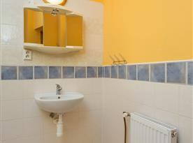 Léto podkroví - koupelna