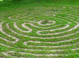 Labyrint v našem parku.