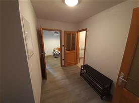 Apartmán Východ - chodba