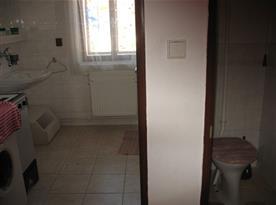 Společné WC pro oba pokoje