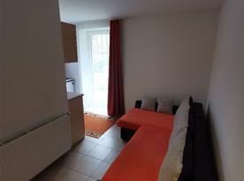 Apartmán v přízemí - pohovka