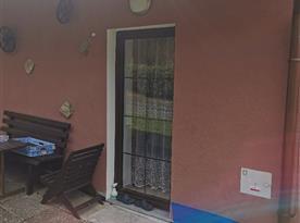 Apartmán v přízemí - venkovní posezení