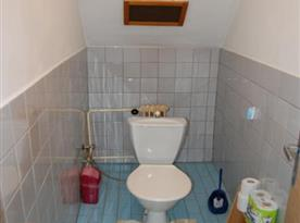 Apartmán v podkroví - samostatná toaleta