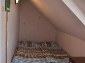 Podkrovní ložnice C