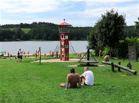Chalupa U lesa pronájem - Frymburk pláž a dětské hřiště
