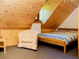 Pokoj C v podkroví