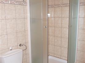 Koupelna se sprchovým koutem chalupy část II.