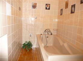 Koupelna s vanou chalupy část I.