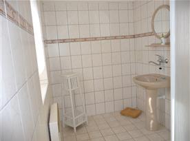 Koupelna se sprchovým koutem chalupy část I.