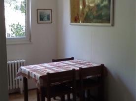 Apartmán pro 8 osob-Jídelna v obývacím pokoji