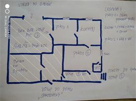 Apartmán v suterénu pro 5 osob-žlutě šrafované místnosti jsou společné i pro druhý apartmán