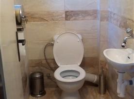 Apartmán v suterénu pro 5 osob-Toaleta