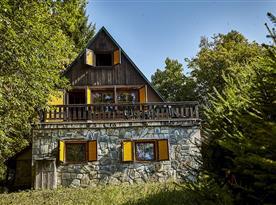 Přední pohled na chatu