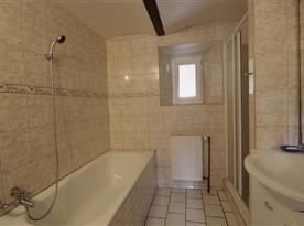 Apartmán II koupelna