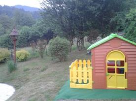 Domeček na zahradě