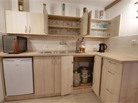 Kuchyně v suterénu objektu