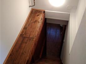 Mlynářské schody do podkroví
