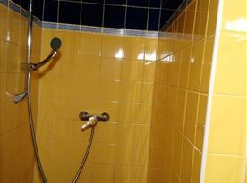 Samostatný sprchový kout