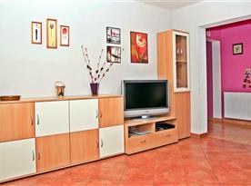 Chata B - obývací pokoj