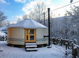 Zimní pohled na jurtu