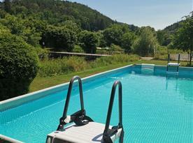 Vyhřívaný bazén se slanou vodou