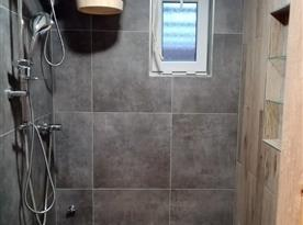 Sprcha u sauny