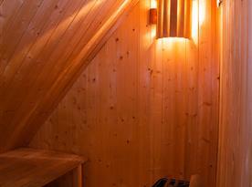 Finská sauna (pro 3-4 osoby)