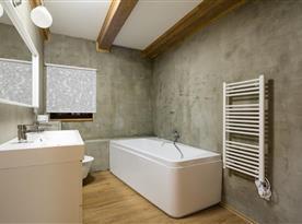 Chalupa pro 10 osob - koupelna s toaletou