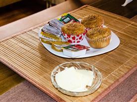 VILA RHEA - sweet breakfast
